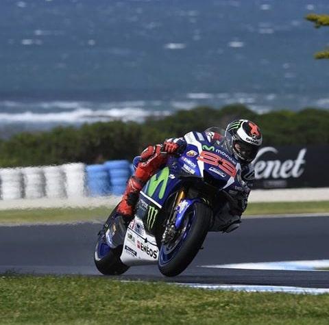 Lorenzo bersama Yamaha