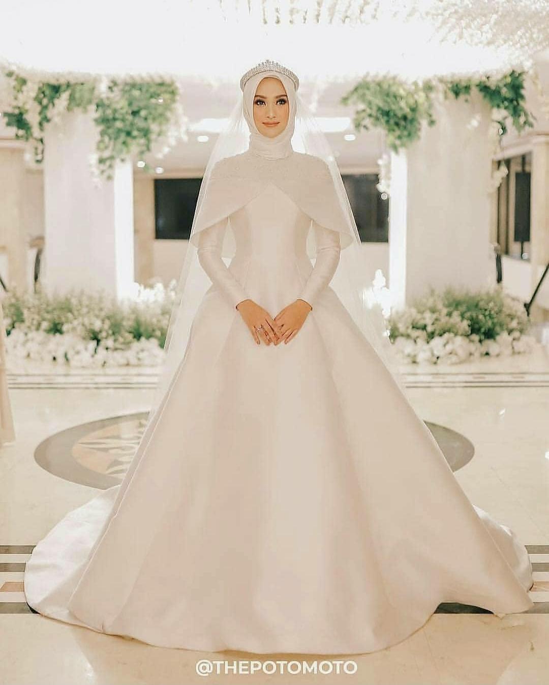 7 Gaun Pernikahan Muslim Syar I Ini Bisa Jadi Referensi