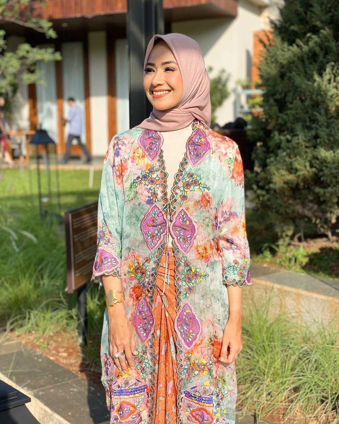 7 Artis cantik ini pernah memenangkan kontes Puteri Indonesia