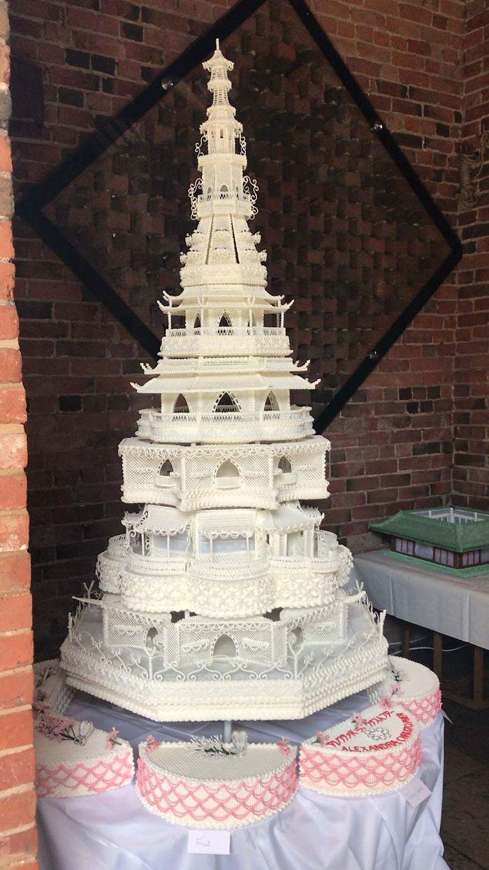 7 Kue pernikahan kreatif ini dijamin bikin para tamu terpana