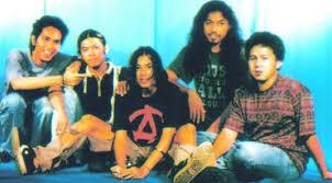 5 Artis lawas ternama Indonesia yang meninggal pada usia muda