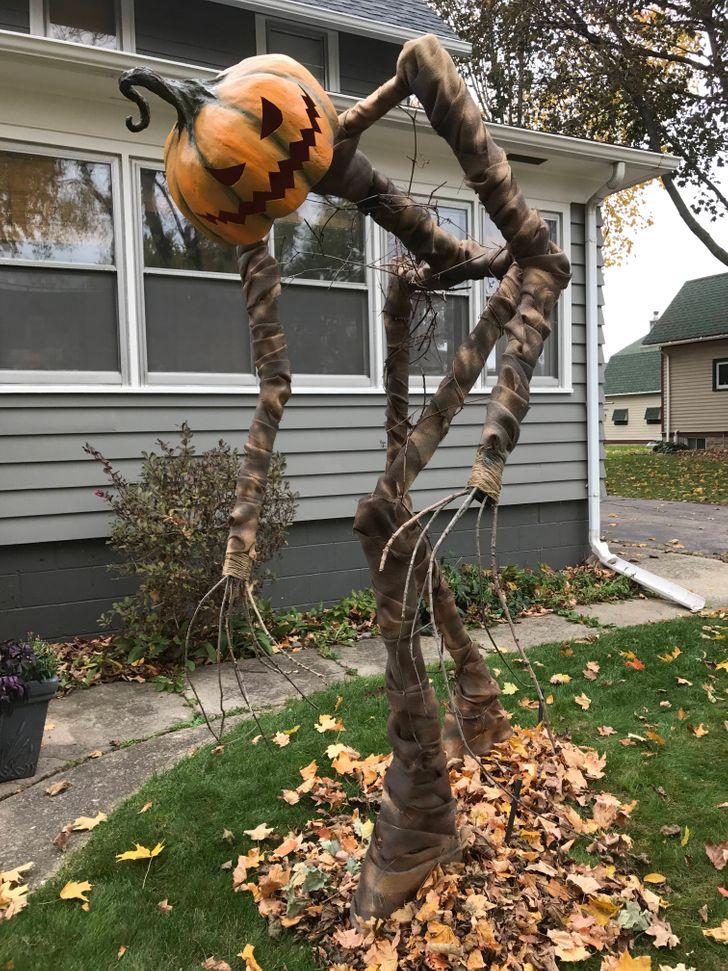 13 Desain rumah bertema Halloween, kreatif dan keren banget