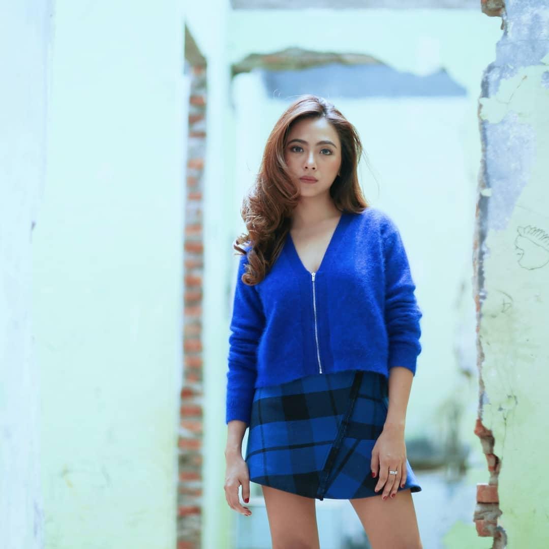 7 Potret terbaru Nadia Vega, makin menawan sajak tinggal di Singapura