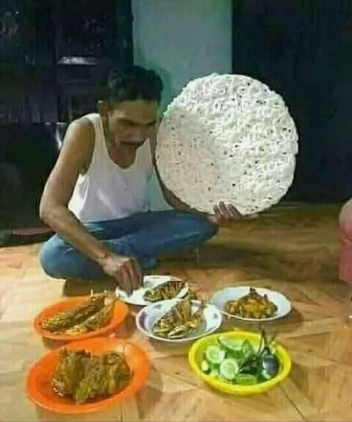11 Meme tentang budaya makan orang Indonesia ini kocak banget