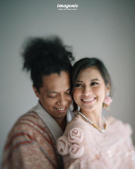 8 Momen bahagia pernikahan Indah Permatasari dan Ari Kriting