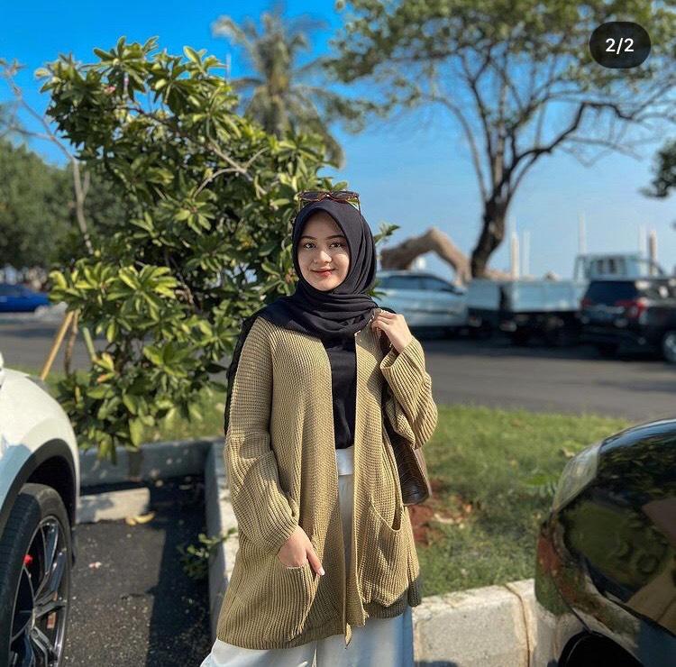 Outfit muslimah Lomg cardi dan Kulot