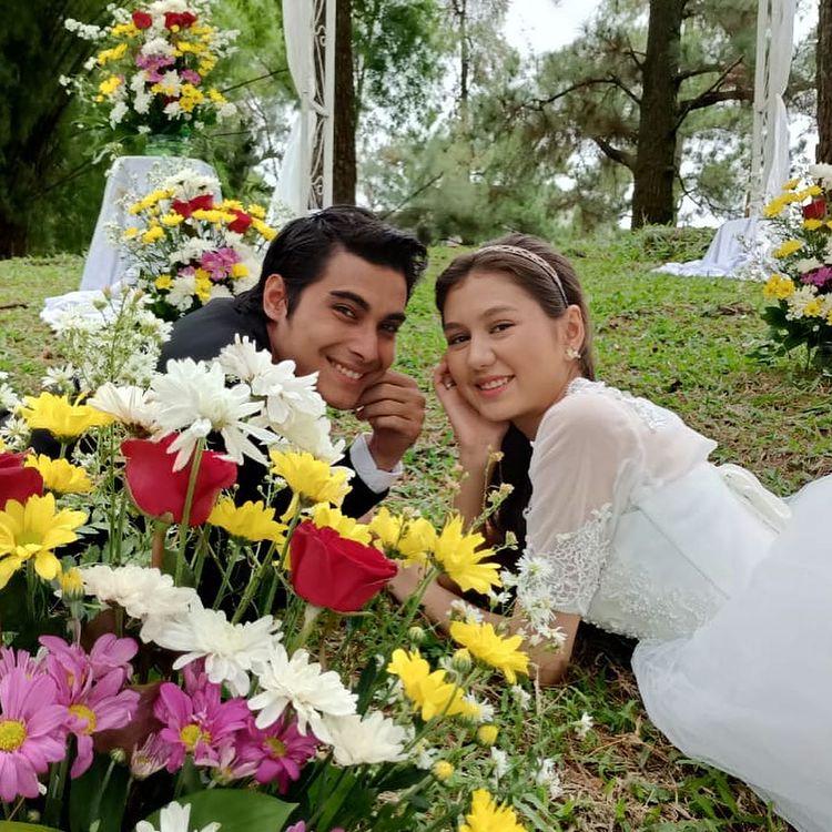 6 Gaya pre-wedding Zoe Jackson dan Cinta Brian di sinetron, manis abis