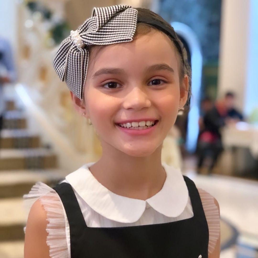 6 Potret Chloe Lynch, putri Melany Ricardo yang jadi model & YouTuber