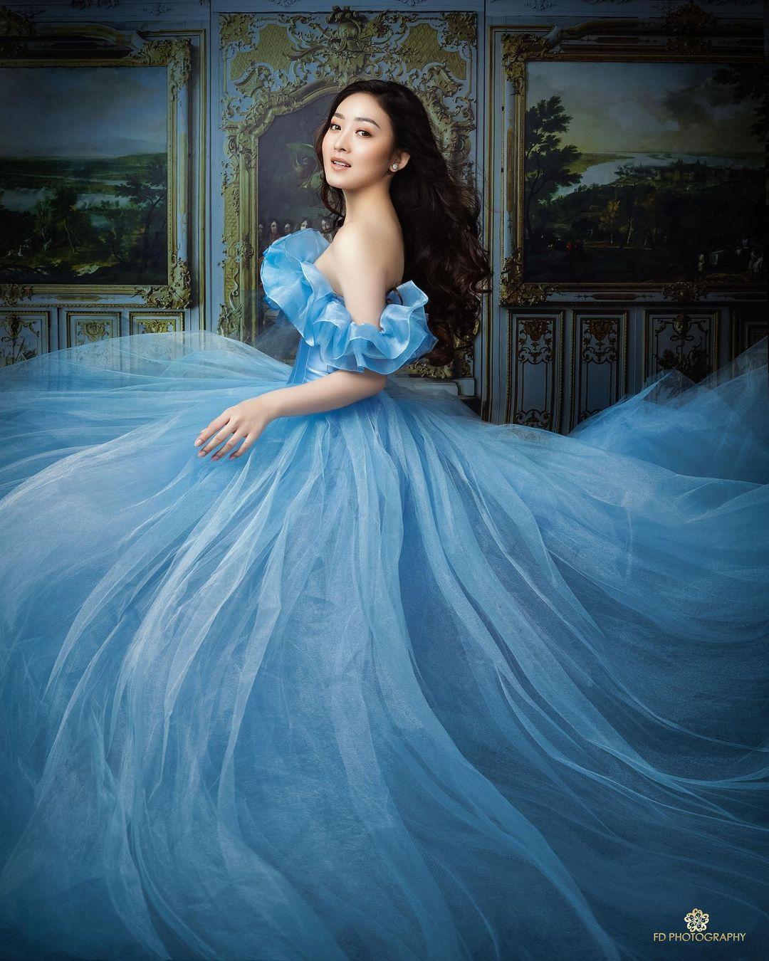 Jalani photoshoot ala Cinderella, ini 5 potret menawan Natasha Wilona