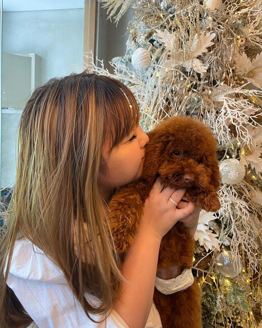 Vinny Laurencia dan anjing pudel