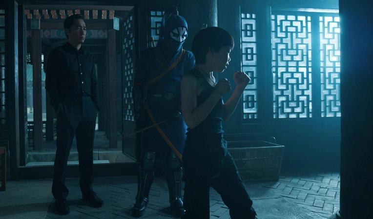 Shang-Chi Kecil saat di Latih Ayahnya (IMDB.com)