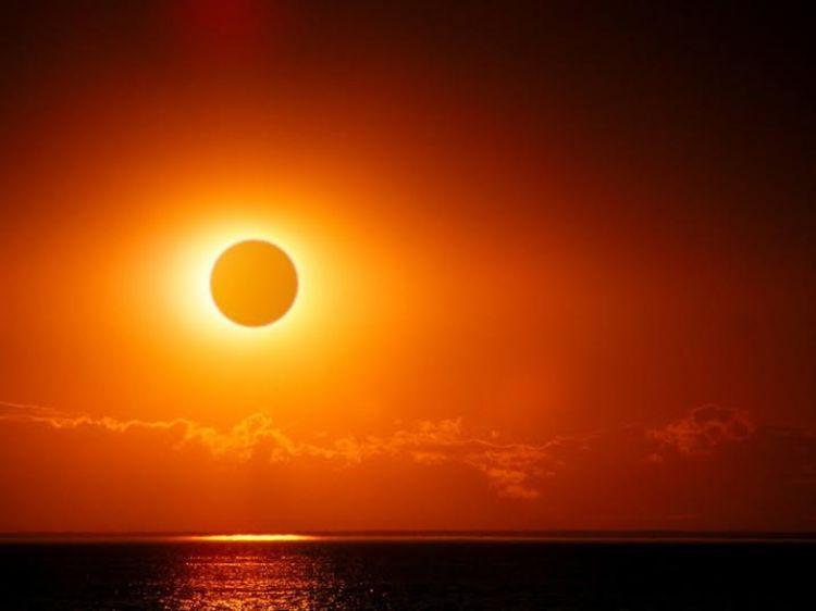 Gerhana matahari total ini hanya terjadi di tahun 2015