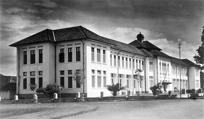 Kisah hantu Nancy penunggu SMA 5 Bandung