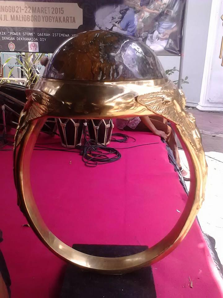 Ini dia cincin akik terbesar di Indonesia