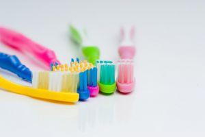 Ganti sikat gigimu per 3 Bulan, agar terbebas dari virus jahat