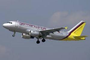 Pesawat Germanwings bawa 142 penumpang celaka di pegunungan Prancis
