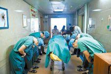 Liang Yaoyi, cerita haru pengidap tumor otak diberi hormat oleh dokter