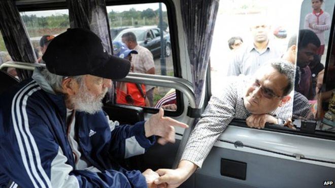 Setahun lebih menghilang, Castro muncul ke publik dalam keadaan sehat
