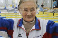 Mieko Nagaoka, wanita berumur 100 tahun pemegang rekor renang 1.500 m