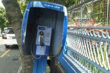 Telepon umum, dulu primadona sekarang ditelantarkan begitu saja