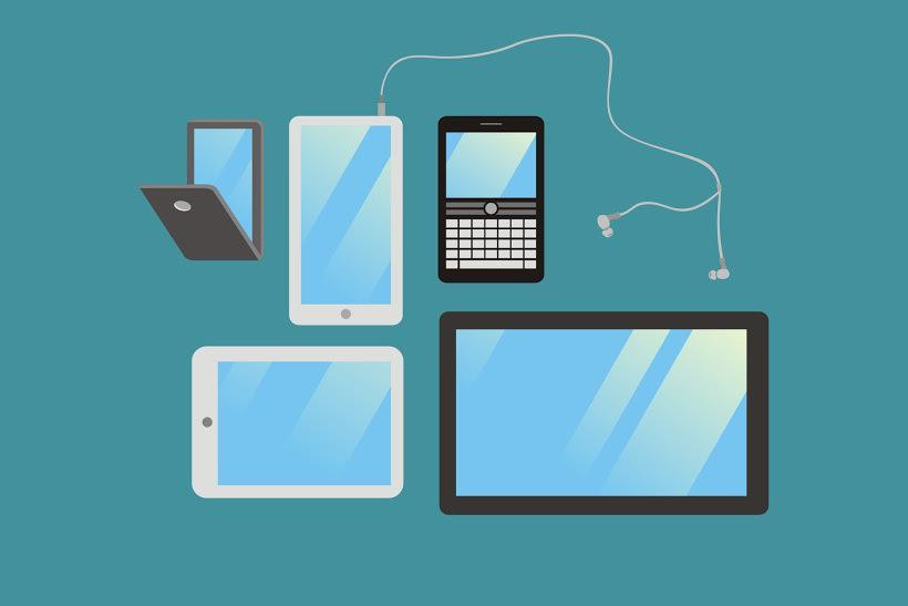 Pakai banyak gadget bisa bikin kemampuan otakmu cepat menurun, hayo!