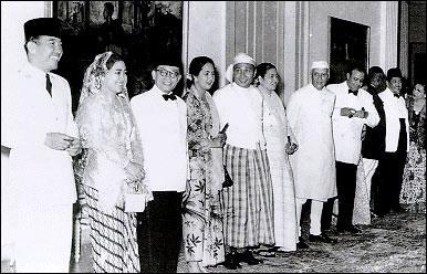 Ini prangko yang jadi saksi bisu sejarah KAA 1995 di Indonesia