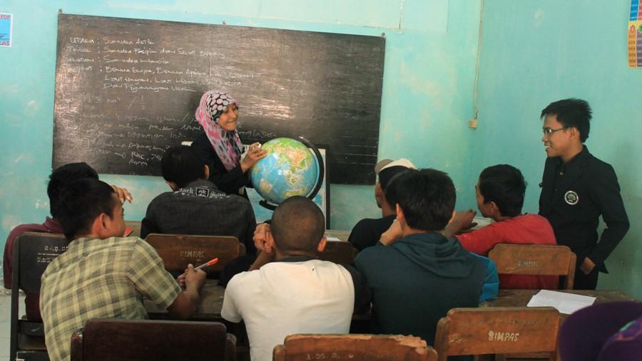 Kisah Asis, sukarela memberikan bimbingan belajar bagi penghuni lapas