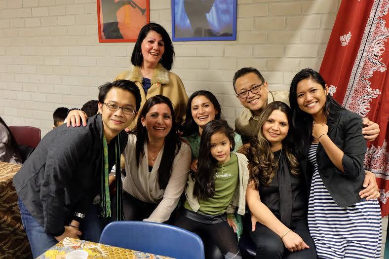 Berpisah puluhan tahun, keluarga ini bisa berkumpul berkat Facebook