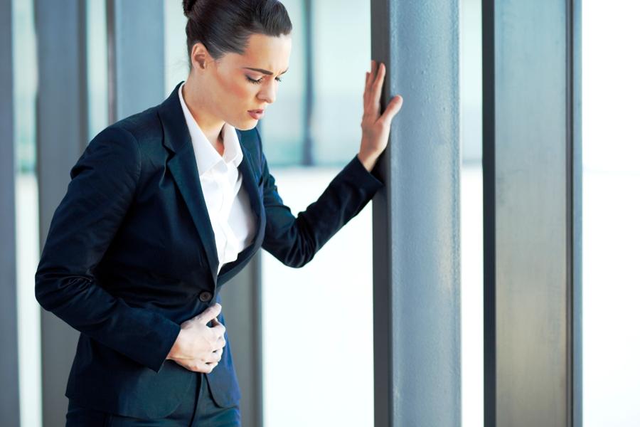 Sibuk kerja sampai lupa makan? Awas bahaya mengintai kesehatanmu!
