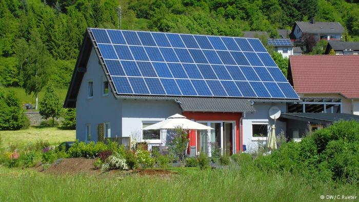 Baterai raksasa ini bisa suplai kebutuhan listrik satu rumah, wow!