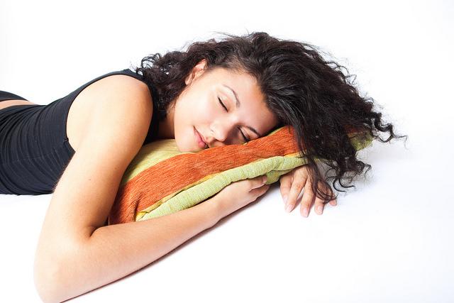 Nggak perlu lama-lama, tidur siang yang baik itu cukup 30 menit saja