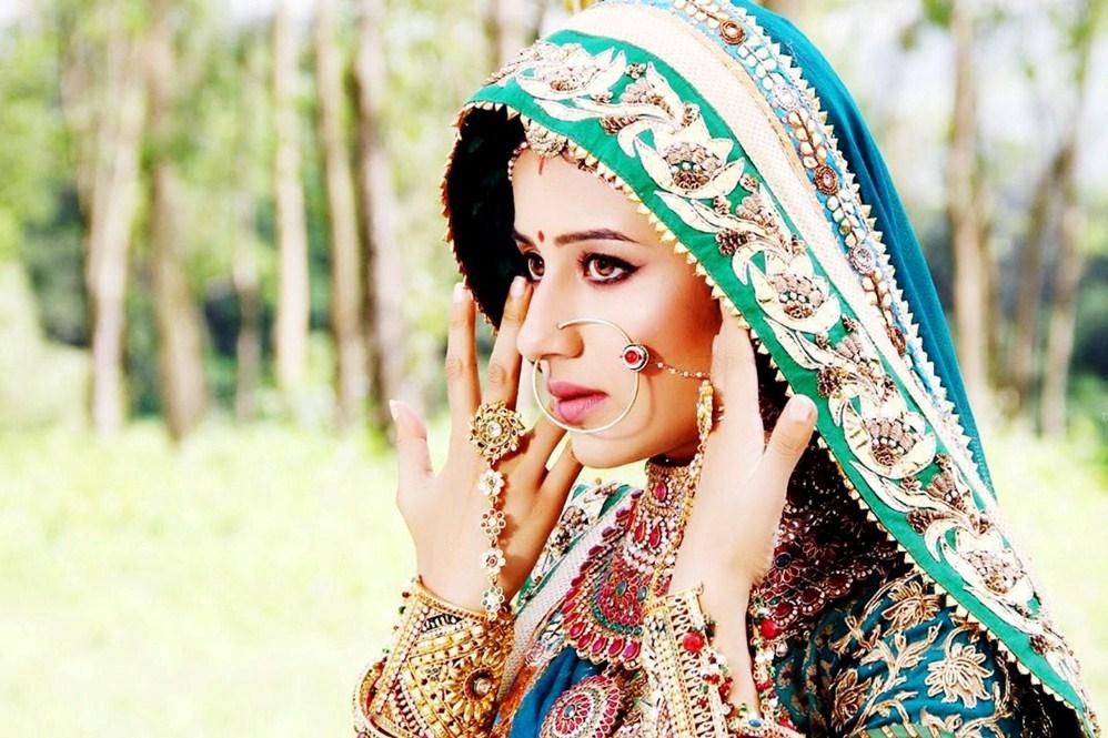 5 aksesoris cantik ala wanita india