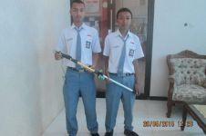 2 Siswa Kudus bikin tongkat teknologi kelelawar untuk tuna netra