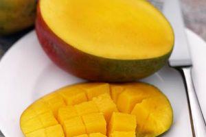 Nggak cuma enak dimakan, mangga juga bisa bikin kulit sehat & cantik