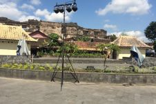 Uniknya Pasar Ngasem, tempat belanja sekaligus pentas seni pertunjukan