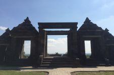 Menikmati bangunan kerukunan beragama di Candi Boko