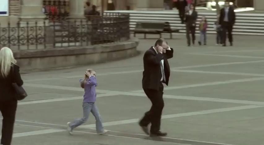 VIDEO: Anak-anak menirumu