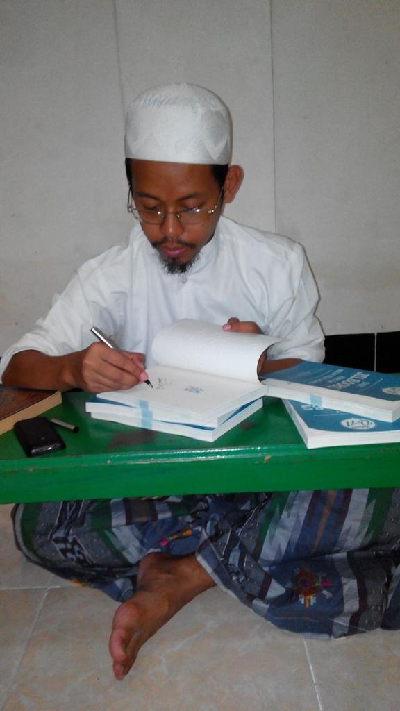 Demi belajar hadis, pria Lamongan ini rela jadi tukang sapu di Mekah