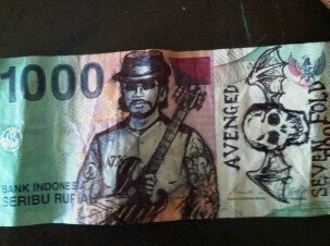 10 Coretan di uang kertas yang mungkin pernah kamu lakukan saat kecil