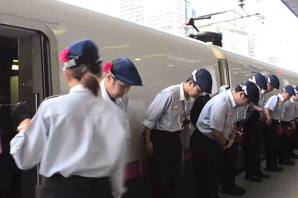 VIDEO: Keajaiban 7 menit di kereta cepat Jepang Shinkansen