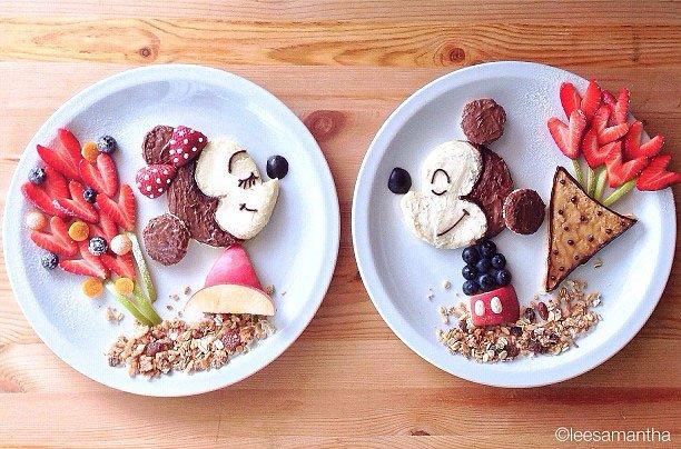 Mickey Mouse Sedang Pisahan
