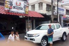 Kisah manajer dealer mobil meminta maaf kepada konsumen yang lusuh