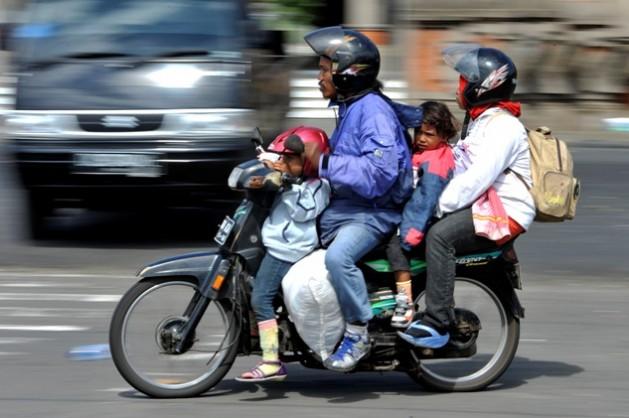 Humor tips mudik Lebaran naik motor
