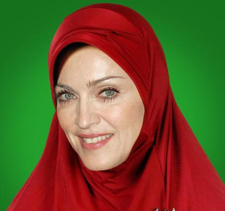 10 Foto parodi Agan Harahap, jika artis Hollywood berbusana muslim