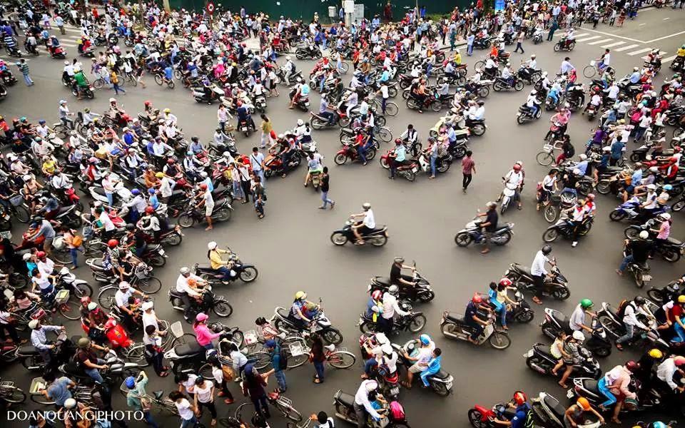 Ini lalu lintas di Vietnam, ruwetnya melebihi Jakarta!