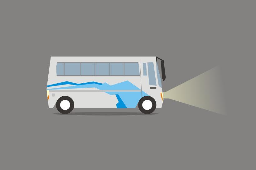 Jangan kaget, ini alasan kenapa tiap kursi bus berwarna biru nyentrik
