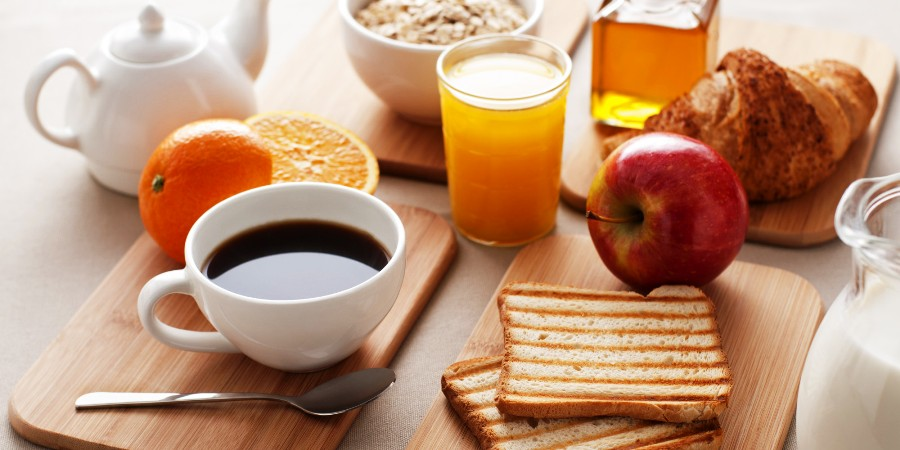 Ingin segar seharian di sekolah? Ayo biasakan sarapan, jangan malas!
