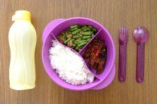 Sejarah adanya kebiasaan sarapan dan makan siang