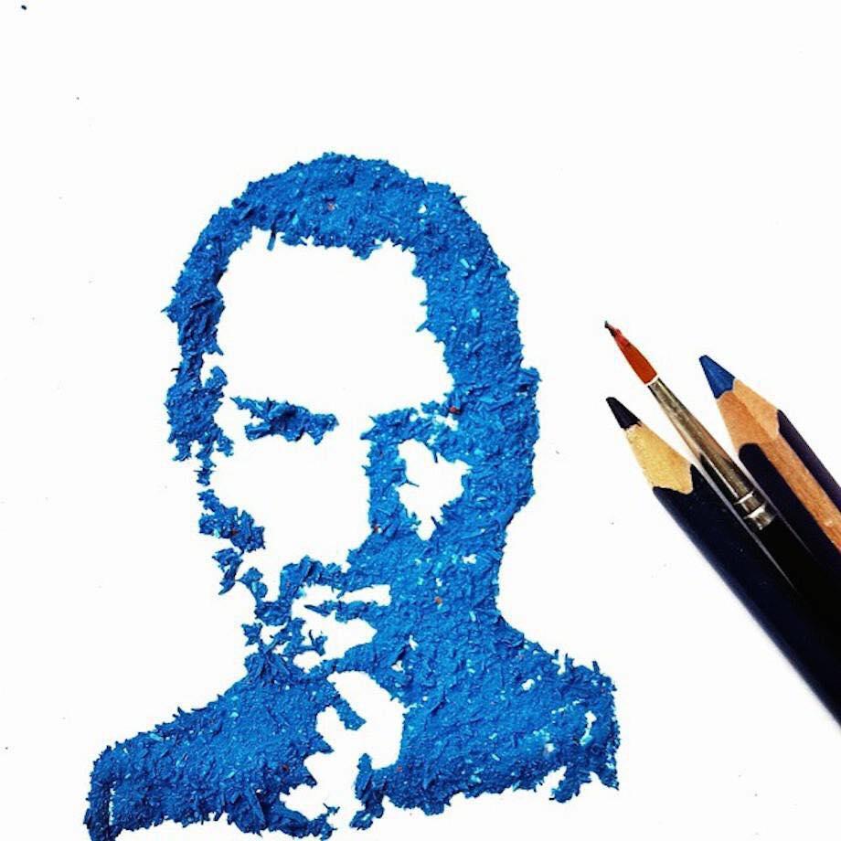 12 Gambar ini terbuat dari sisa serutan pensil