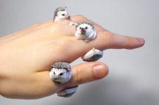 Bosan pakai akik? Coba saja cincin unik bentuk hewan ini